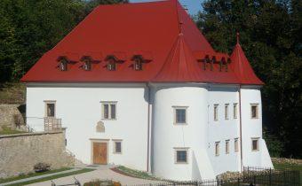 Kaštieľ Burg v Považskom Podhradí