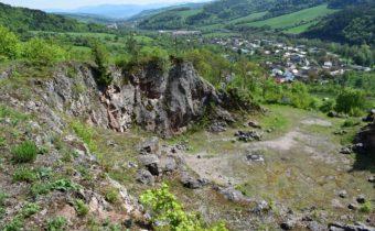 Hrádok Mestecká skala v Mestečku