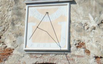 Slnečné hodiny v Košeci